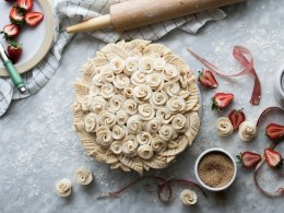 10 самых красивых способов украсить ягодные и фруктовые пироги