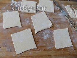 Слоёные пирожные с клубникой и заварным кремом