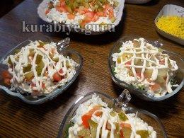 Рисовый салат с сельдью Шторм