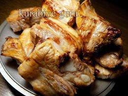 Тушеные свинные рёбрышки с яблоками и луком
