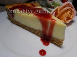 Йогуртовый пирог с малиновым кули