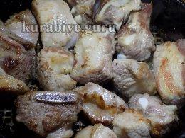 Мясное рагу-ассорти со сливочной полентой