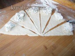 Рогалики с творожно-сырной начинкой