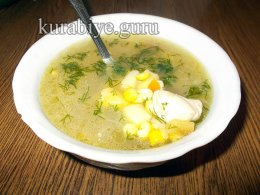 Куриный суп со свежей кукурузой