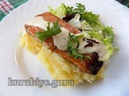 Запечённый лосось под горчичным соусом