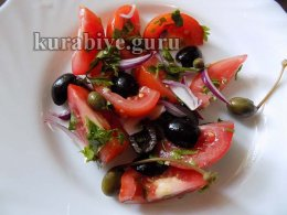 Салат из помидоров по-средиземноморски