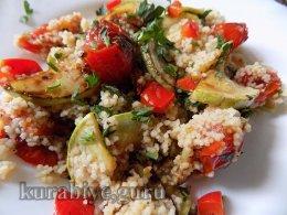 Кускус с кабачками и томатами