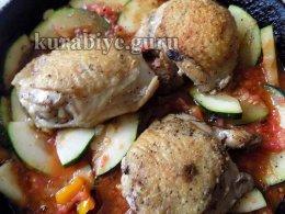 Курица с кабачками в итальянском стиле