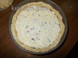 Творожный пирог из заварного дрожжевого теста