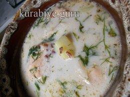 Суп с лососем и красным рисом