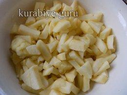 Профитроли с заварным яблочным кремом