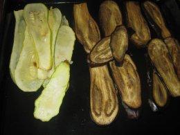 Рулетики из кабачков и баклажанов с сыром