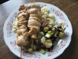 Салат с кускусом и запеченными овощами