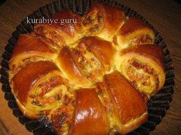 Дрожжевой пирог с ароматной начинкой