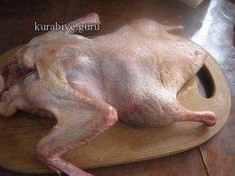 Утка без костей, фаршированная рисом с грибами