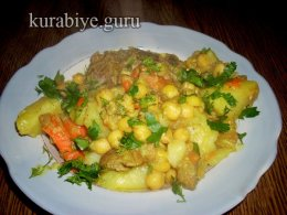 Тажин с бараниной и картофелем