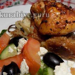 Курица запечённая на хлебе