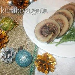Рольмопс из сельди с черносливом и орехами
