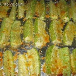 Кабачки, запеченные в духовке с чесноком и сыром