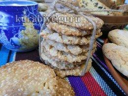 Кунжутное печенье грильяжное